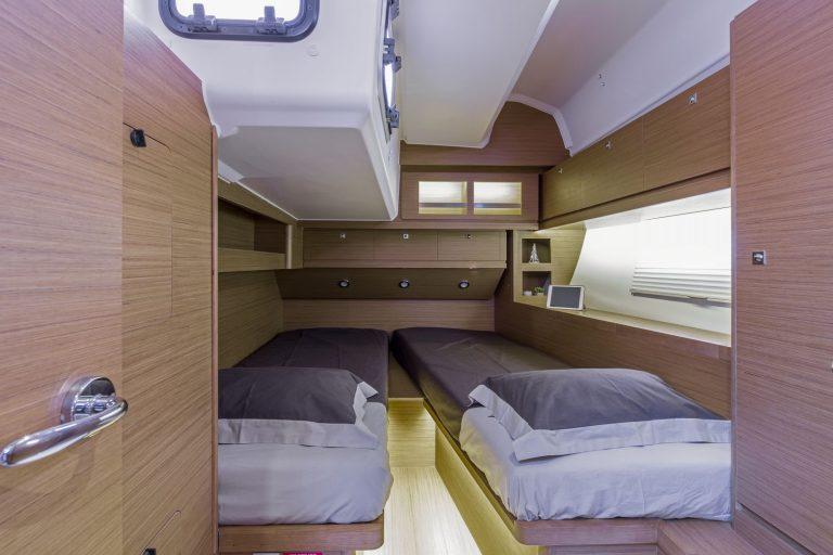 520 Interior 3