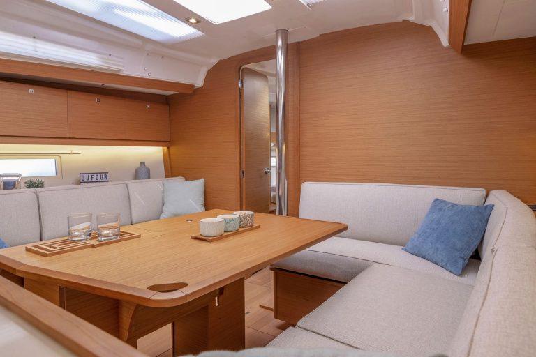 390 Interior 2